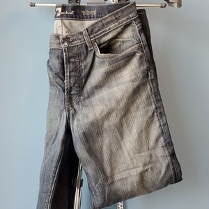 7 For All Mankind 33x32 Jeans